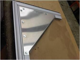Stainless steel corner plate